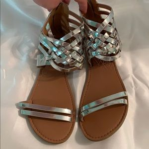Qupid EUC only worn once silver gladiators